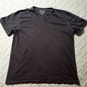 Men's Small Michael Brandon 3 button T-shirt.